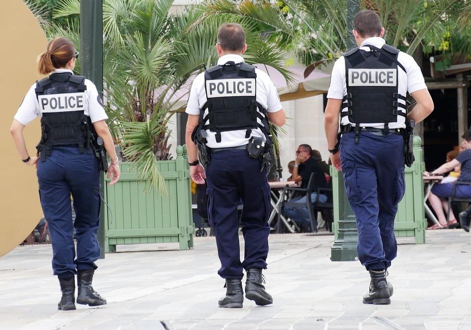 """""""Intention de tuer"""": la police caillassée aux Liserons à Nice"""