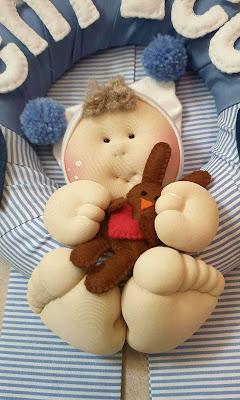 Bambolotto fiocco nascita ghirlanda