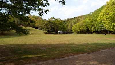 真光寺公園 芝生の丘