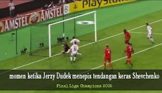 Kiper Liverpool 2005
