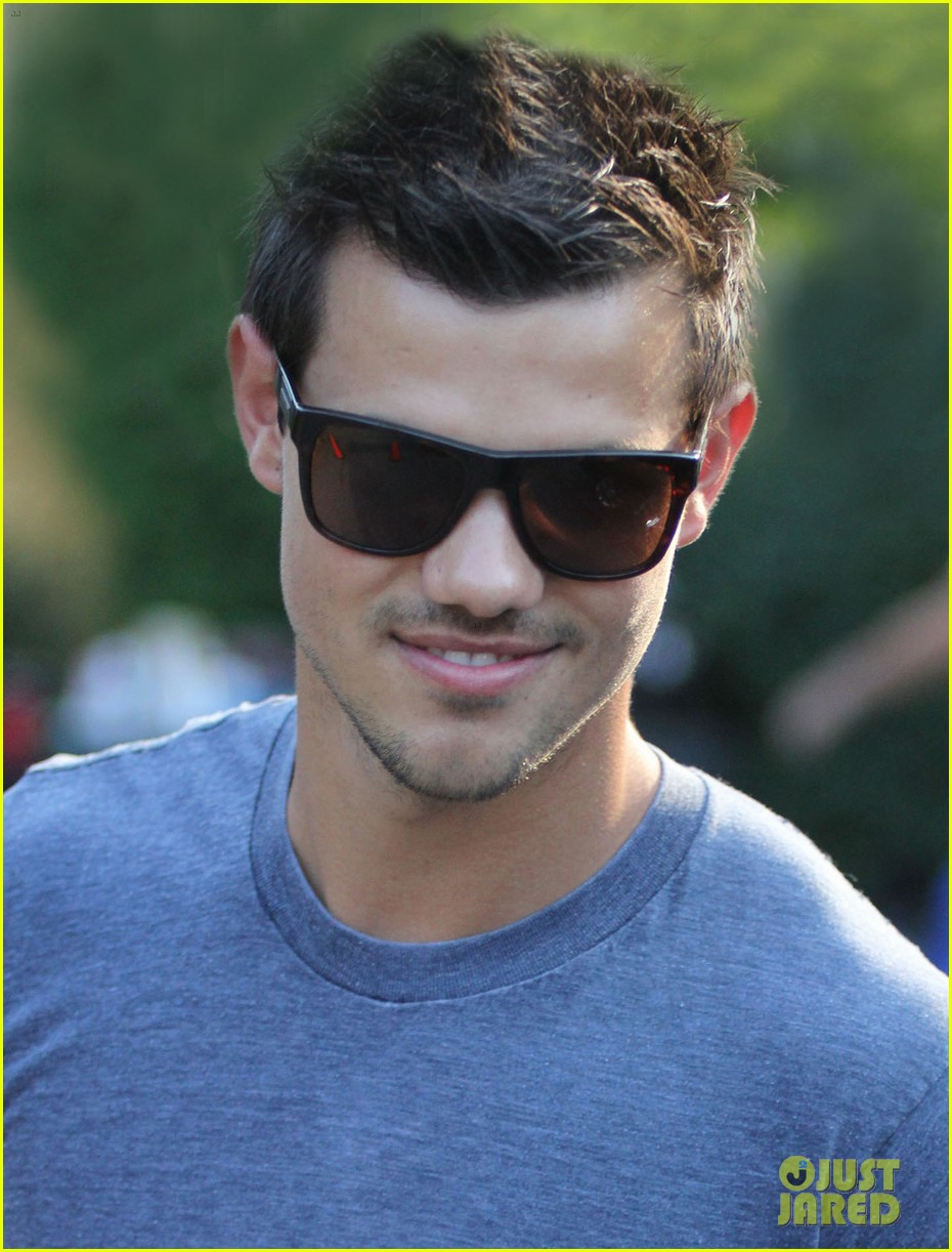 January 2013 ~ COOL NEW TECH |Taylor Lautner Body 2013