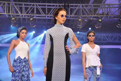 Models-walking-the-ramp-at-the-launch-of-LIVA-2