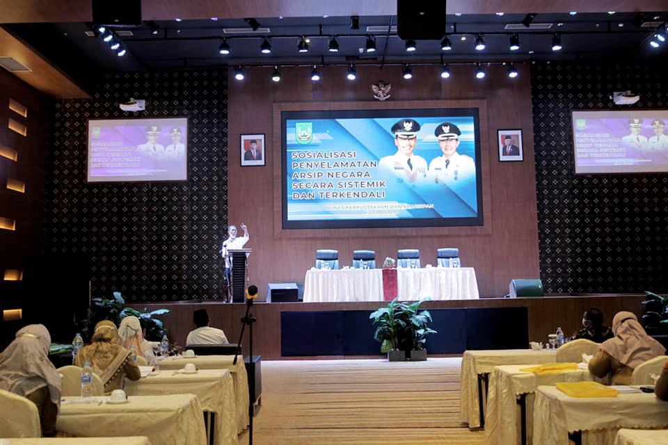 Wakil Walikota Batam Membuka Sosialisasi Penyelamatan Arsip Negara Secara Sistemik dan Terkendali