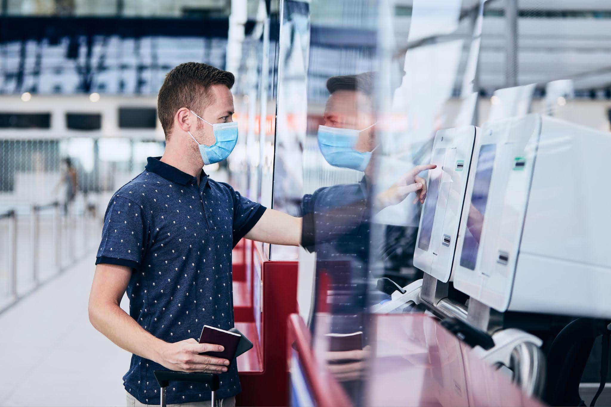 هيئة مطار airport الشارقة الدولي يعلن عن خدمات إجراءات السفر ذاتيا