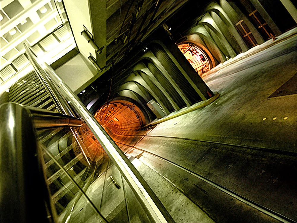 artist/photographer Eric M. Gustafson - Tunnel