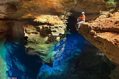 omg-facts-beautiful-underground-lake