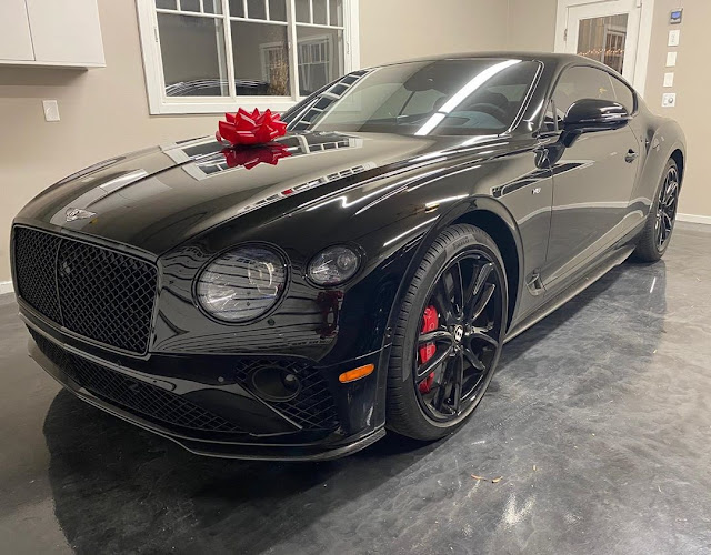Christmas Celebration: Floyd Mayweather Acquires Two Exotic Cars Worth Over ₦189 Million
