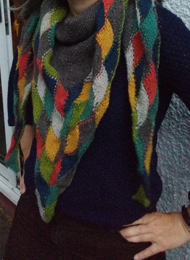 Julia Hedge's Laces: October 2017
