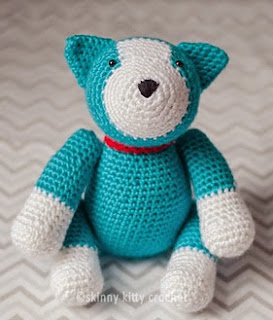 http://www.ravelry.com/patterns/library/hanley-the-husky-puppy-amigurumi