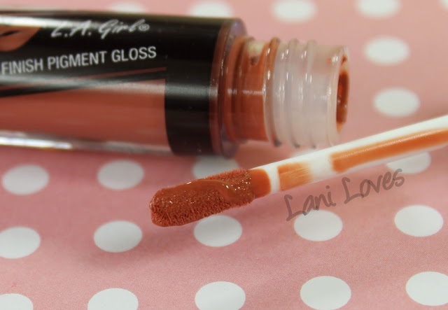 LA Girl Flat Matte Pigment Gloss - Fleur Swatches & Review