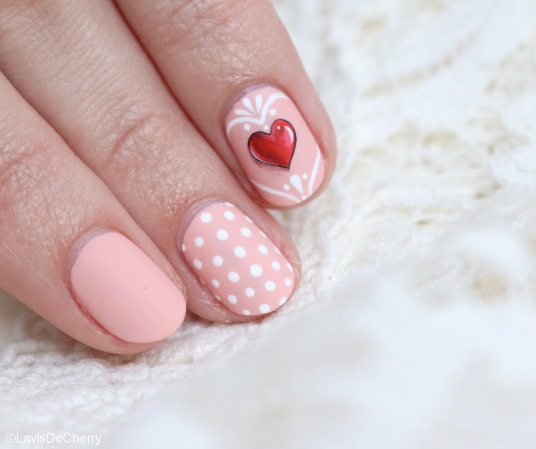nail art-nude-coeur-rouge-3d-mariage-saint-valentin-romantique