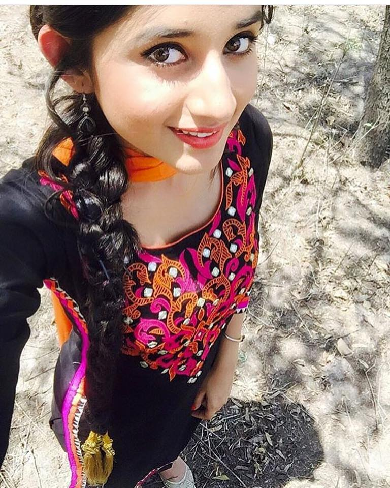 Punjabi Girl Comment Photo