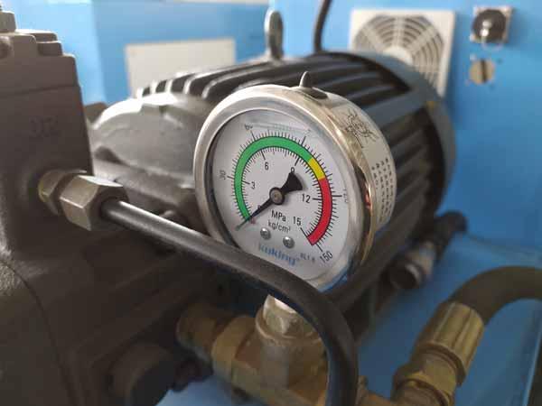 Components of Pressure gauge