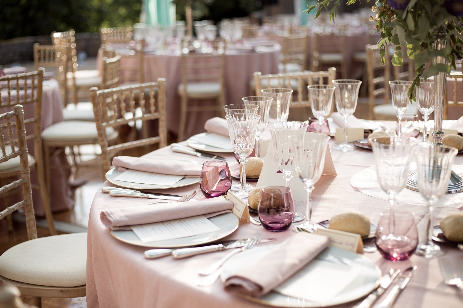 wypożyczalnia dekoracji rzeszów ślubnażyczenie
