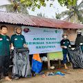 Dompet Dhuafa Kepri Bersihkan Pantai Nongsa dalam Peringatan World Cleanup Day