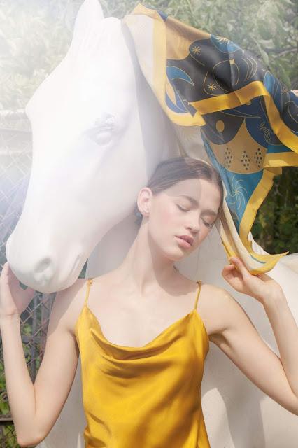 modelka, modeling, Zoria Koncept, sesja zdjęciowa, polska marka, opaski, akcesoria do włosów, handmade, trendy, moda