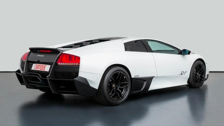 طراز Lamborghini Murcielago LP670-4 SV من ماركة لامبورجيني