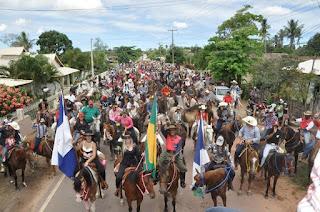 Deputado João Peixoto prestigia 1ª Cavalgada Rural House em Praça João Pessoa