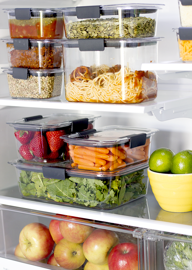 How To Easily Organize Your Pantry and Fridge