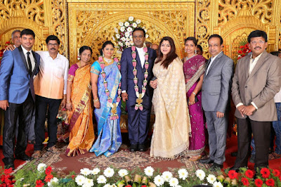 Producer-LMM-Muralidharan-Son-M.Gokul-Krishnan-Weds-S.Roopini-Marriage-Recept (1)