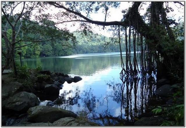Danau Kastoba;10 Top Destinasi Wisata Gresik;