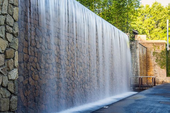 panza de apa, cascada moderna, proiectant cascada, inginer ape, firma constructii cascade moderne, peisagist