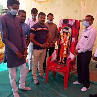 जय शिव रक्त मित्र मंडल द्वारा रक्तदान शिविर का आयोजन किया गया