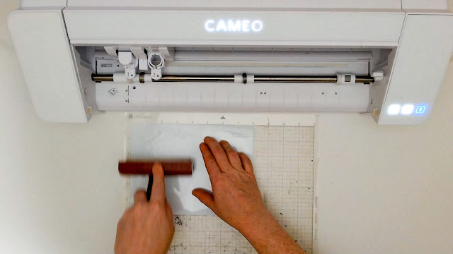cameo 4, silhouette cameo beginner, beginner project, adhesive vinyl, silhouette cutting mat