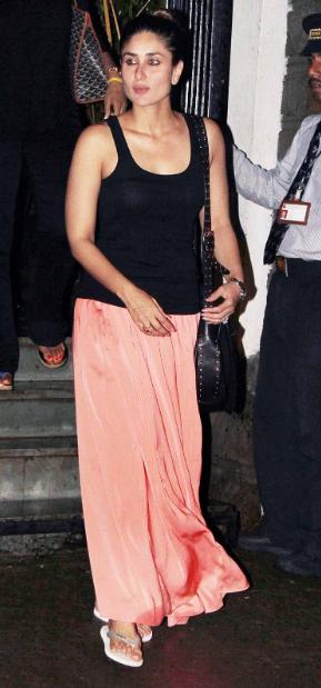 Kareena Kapoor wonderful in black dress + other HQ Unwatermarked pics