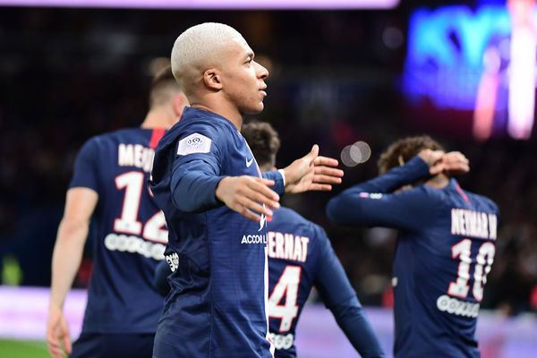 Video Cuplikan Gol: Paris Saint-Germain 4-1 Amiens SC (Ligue 1)