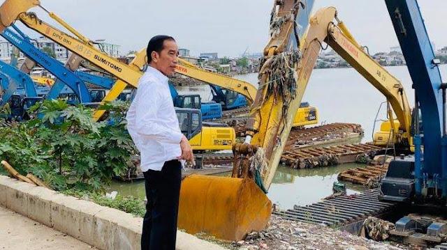 Banjir Jakarta, Presiden Jokowi Mendadak Tinjau Waduk Pluit