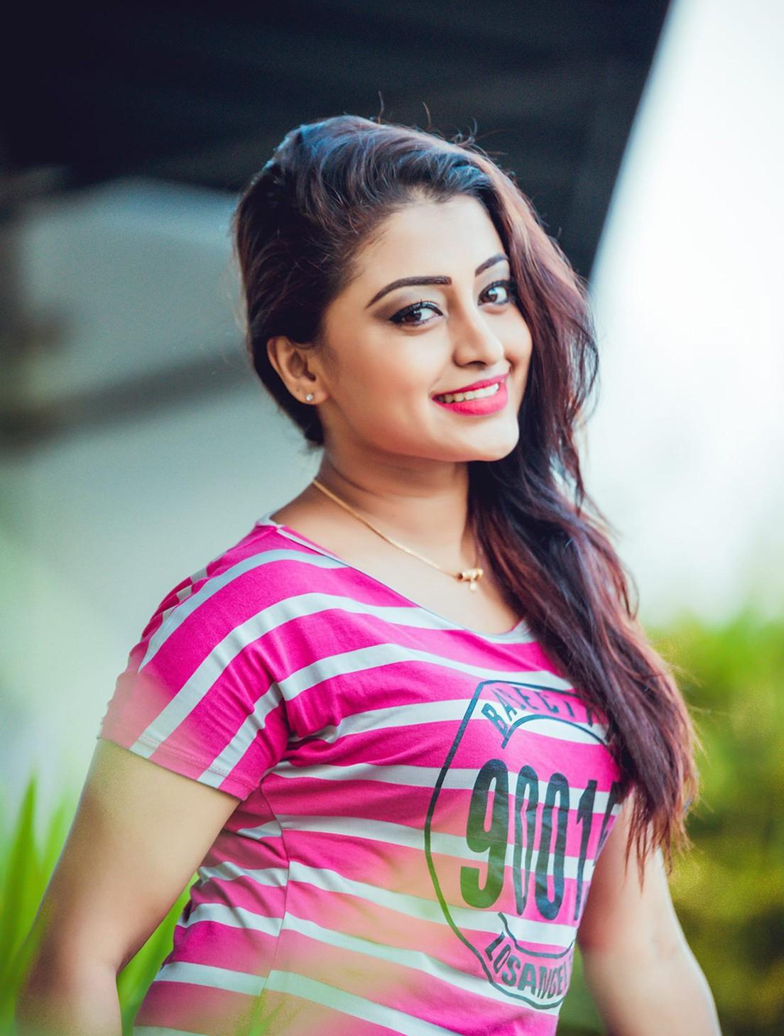 Sri Lanka Sinhala Girl Photo