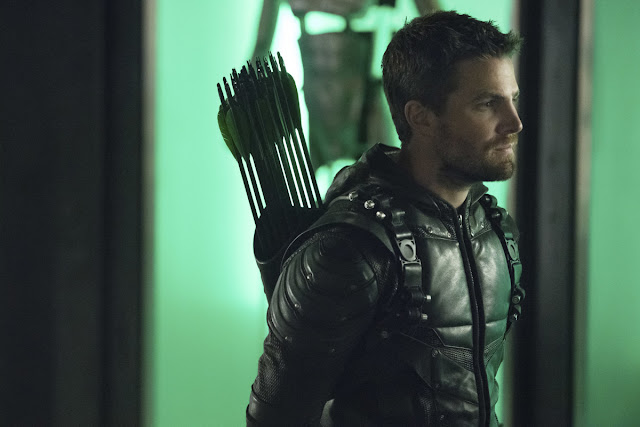 Oliver Queen May Not Really Die on CW Arrow's Final Season