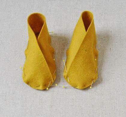 Cara Membuat Kerajinan Tangan Dari Kain Flanel | Sepatu Bayi 5