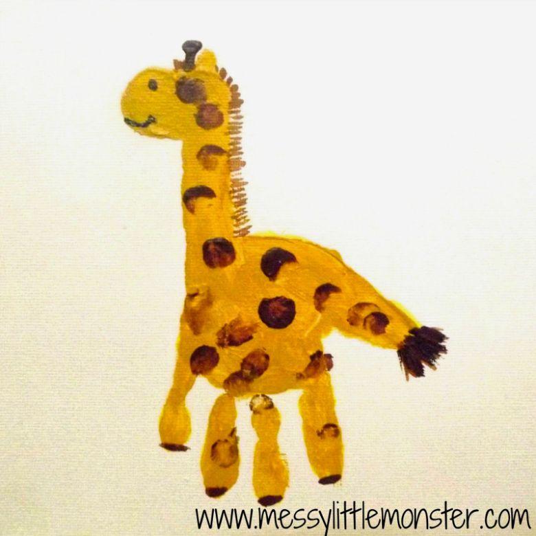 Giraffe handprint art
