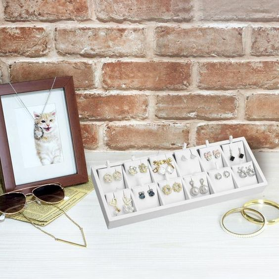 White Leatherette Earring Display Tray
