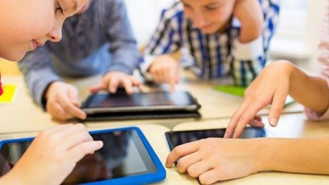 Puluhan Ribu Siswa – Guru SD - SMP Menunggu Kuota Internet