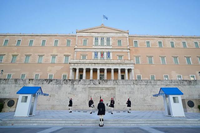 Ποιος θα υπερασπιστεί τον Ελληνισμό;