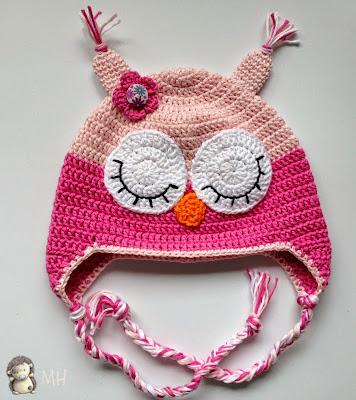 gorrito a crochet con forma de búho