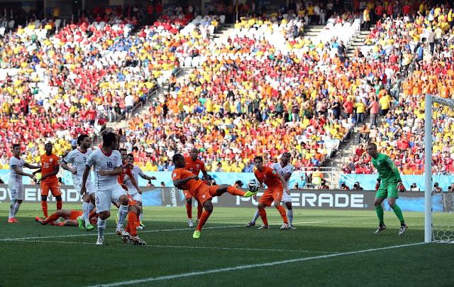 Países Bajos y Chile en Copa del Mundo Brasil 2014, 23 de junio