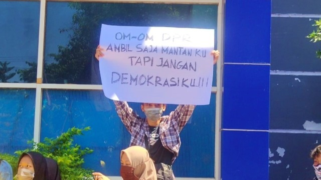 Demo Mahasiswa Hari Ini di Jakarta, Jogja, Solo, Semarang, Kendari