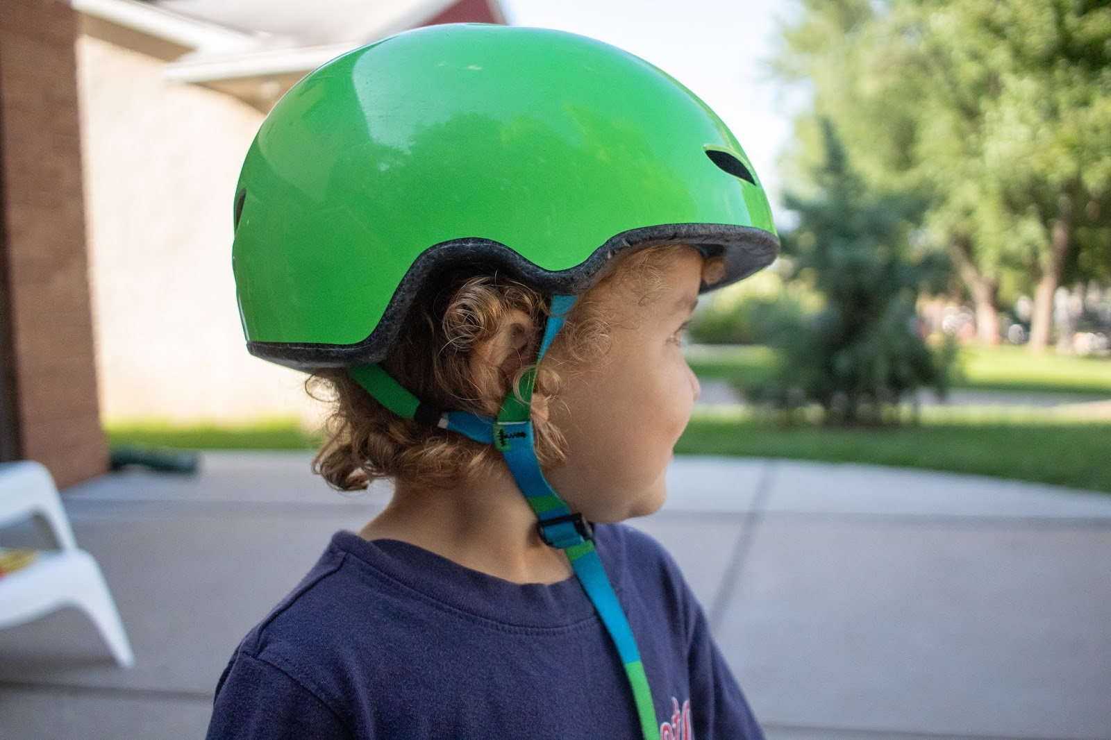 A look at a Montessori friendly toddler helmet that promotes both accessibility and independence