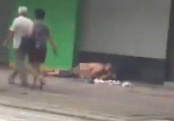 VIDEO UPSS Pasangan Ini Nekat Bercinta di Pinggir Jalan Siang Hari Bolong