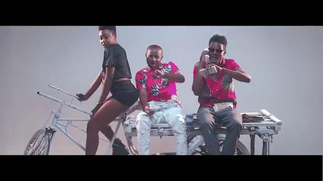 Chin Bees Inogire Official Music Mp4: Nikki Wa II Feat. Chin Bees - Kihasara (Video)