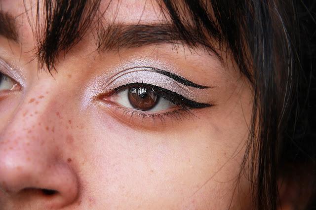 make-up-argenté-silver-metallic
