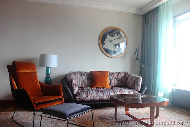 HILTON FRANKFURT CITY CENTRE Suite room