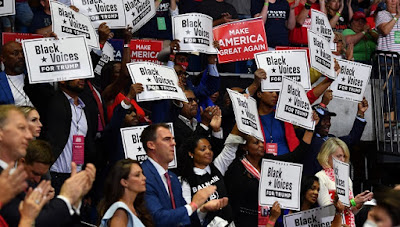 000 1V865U - Governor of Oklahoma, the place Trump held rally, checks optimistic for COVID-19