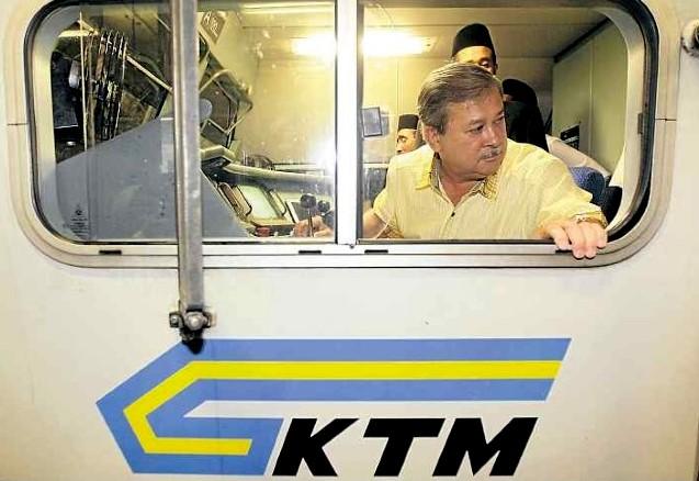 sultan-johor-pandu-keretapi