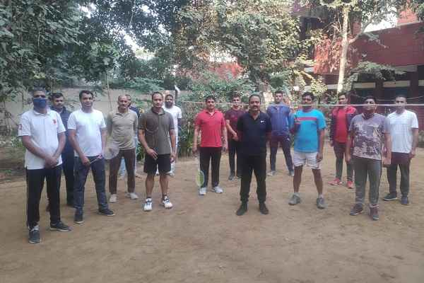 faridabad-news-police-flag-day-badminton-match-result