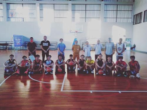 Persiapan PON XX Papua, Skuad Basket Putra TC di Arena Mapanget. Clay : Raih Target Harus Disiplin